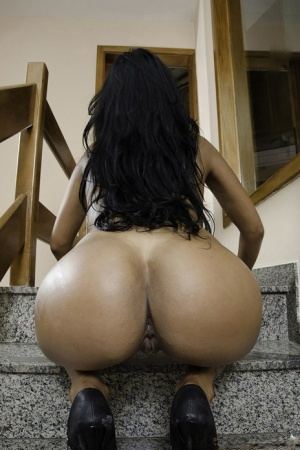 Big Black Booty Oiled Up